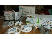 Nintendo Wii console Wii fit and games bundle