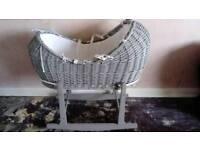 Clair de lune grey noah pod moses basket and stand excellent condition