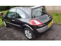 very clean and tidy renault megane 1.4 with long mot