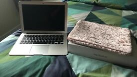 MACBOOK AIR LAPTOP BRAND NEW CONDITION