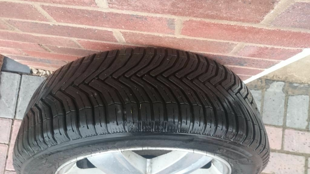 michelin crossclimate 205 55 r16 tyres like new renault megane alloys in great barr west