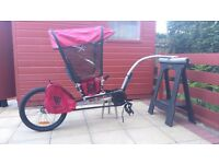 Weehoo iGO childrens trailer bike 2014 with rain cover & NEW hitch kit.