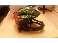 Cratoni C-Maniac Helmet camo-red size S\M made in Germany