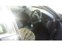 Ford Focus Lx 1.6 ONO