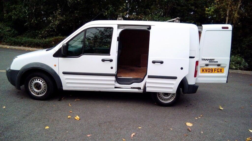 Excellent versatile van. Well maintained. Service history. Mot 06/18. Good bodywork.