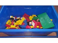Box of Lego (mixed) from 1990s. In good condition.