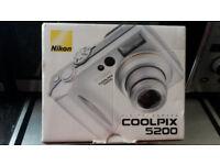 nikon coolpix 5200 digital camera .brand new boxed