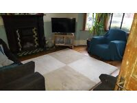 Large cream and beige rug, 200 x 200cm