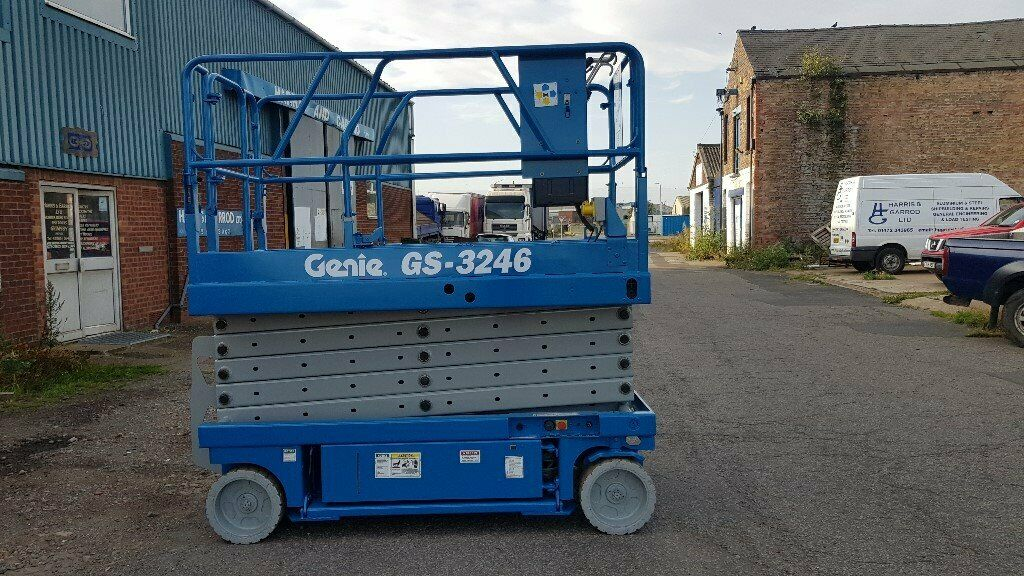 Genie GS-3246 Scissor lift / Cherry picker / Man Lift | in Grimsby,  Lincolnshire | Gumtree