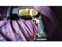 Dewalt - Cordless tools - Reciprocating saw - Pivot sabre