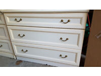 2 bed side tables and a 3 drawer chest