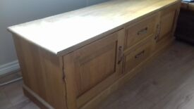 Solid Oak TV Unit (TV Stand)