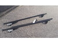Halford Roof Bars (E type), suitable for cars with roof rails