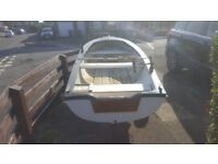 12ft fishing boat for sale. Ideal for lakes and rivers