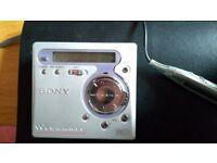 Sony MZ-R700PC Recordable MiniDisc Walkman