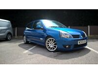 Clio 172 cup. 12months M.O.T. original cup pack Very good reliable engine Very quick car £1890 o.n.o