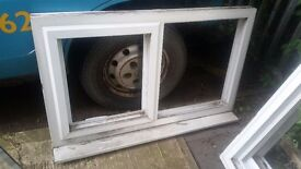 1195mm x 740mm white window and frosted glass.bottom opener
