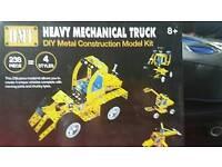 Construction model kit