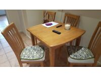 table and 4 chairs extendable pine