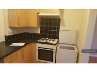 3 bedroom house in Ruskin Street, Neath , SA11 (3 bed)