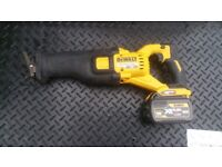 DEWALT DCS 388 54V FLEX VOLT RECIPROCATING SAW