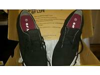 Hi tec deck style trainers size 7
