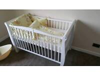 Baby cot/bed
