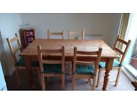 Dining table and Vacuum VAX C85-EW-Be