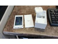 Apple iPhone 5 - 64GB in White & Silver - Unlocked To Use On Any Network