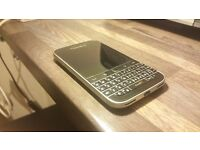 Blackberry Classic Q20 Unlocked Excellent Condition