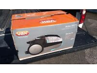 VAX ACTION 202 PET. BAGLESS VAC CLEANER.