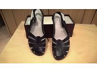 Black leather GH Bass & Co. flat shoes