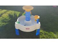 Little Tikes Spiralin' Seas Water Table
