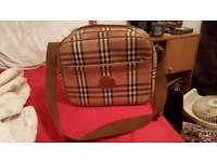 Vintage Burberry travel bag £50ono