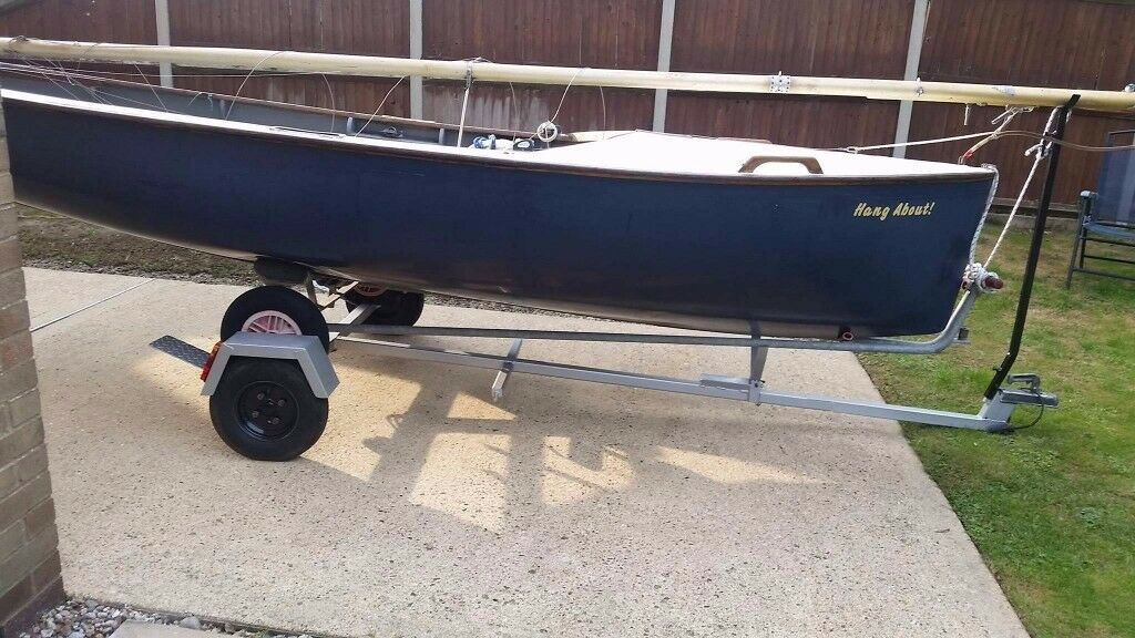 15 ft Albacore sailing dinghy with road trailer and launching trolley