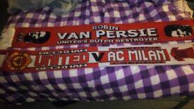 Manchester United scarfs