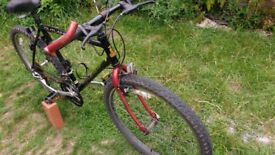 """26"""" Outland Raleigh Mountain Bike 20"""" Solid Frame . Great Tyres"""