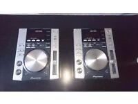 2 x Pioneer CDJ 200 CD Player