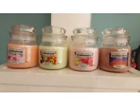Yankee candle comes with its own free glass jar brand new