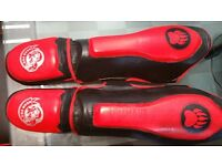Bear Pro Leather Shinguards (Special Offer for Gyms/Clubs) 8 Pairs