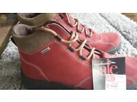 Ladies Rohde Walking Boots Size 5