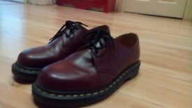 Dr Martens shoes size 6