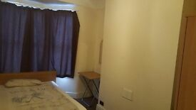 Large Fully furnished spare bedroom to let £280 ALL Bills included