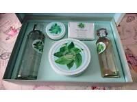 Body shop - Fuji Green Tea set