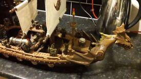 MEGA BLOKS DRAGONS KRYSTAL WARS MAN - O - WAR SHIP AND FIGURINES