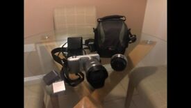 Sony camera package comes with Sony NEX-3 x2 lens, 16gb memory card, charger and carry case