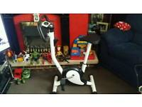 Exersize bike with computer and adjustable seat