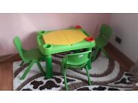 Play table + 3 chairs