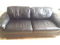 2 and 3 seater black leather suite