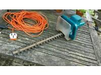 Hedge trimmer - mains electric